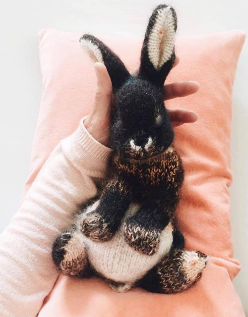 How to knit a Bunny - Free Pattern & Tutorial