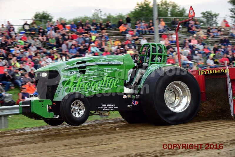 tractor pulling news outlaw wisner ne 2016 pics by rodney crum. Black Bedroom Furniture Sets. Home Design Ideas