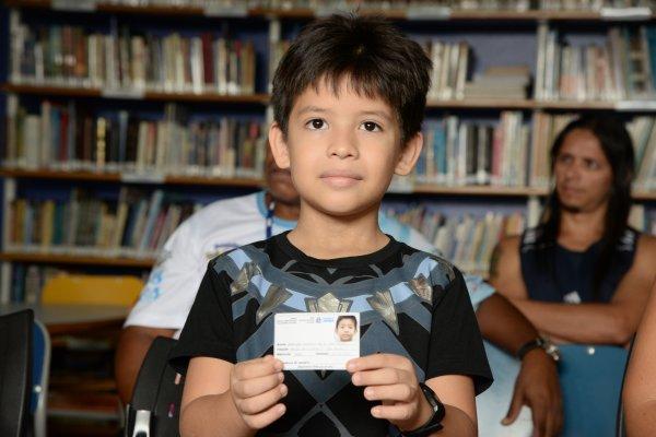 Biblioteca Pública Municipal inicia entrega de carteirinhas para acesso de acervo