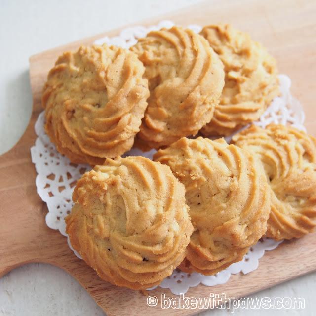 Hazelnut Butter Cookies