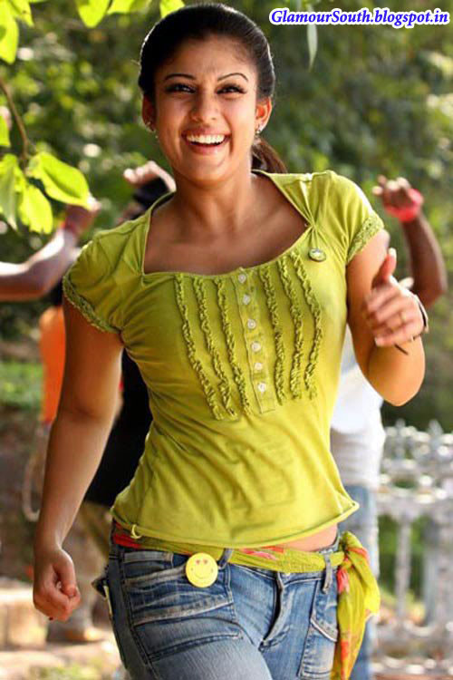 GlamourSouth.blogspot.in: Nayanthara Hot in sleeveless ...