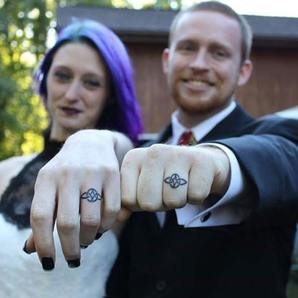 50+ Matching Wedding Ring Tattoos For Couples (2019) - TattoosBoyGirl