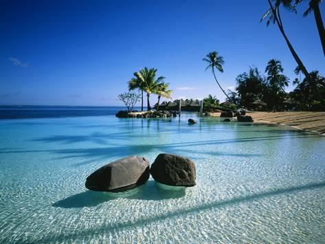 Tahiti, French Polynesia, image taken from https://www.allposters.com/-sp/Resort-Tahiti-French-Polynesia-Posters_i9903793_.htm