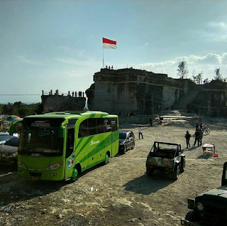Sewa Bus Jogja ke Wisata Tebing Breksi