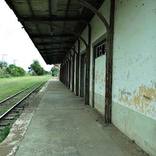Estação Ferroviária de Restinga Seca, RS - Vista da área de embarque.