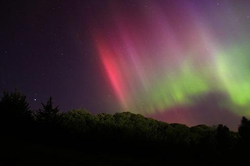 Aurora Penomena Alam Keren  rumahku