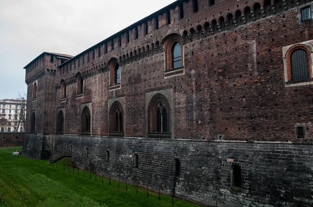 Visita al Castillo Sforzesco y el Parque Sempione