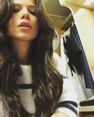 Tammin Sursok (Jenna Marshall on PLL) bts photo selfie in trailer episode 7x04