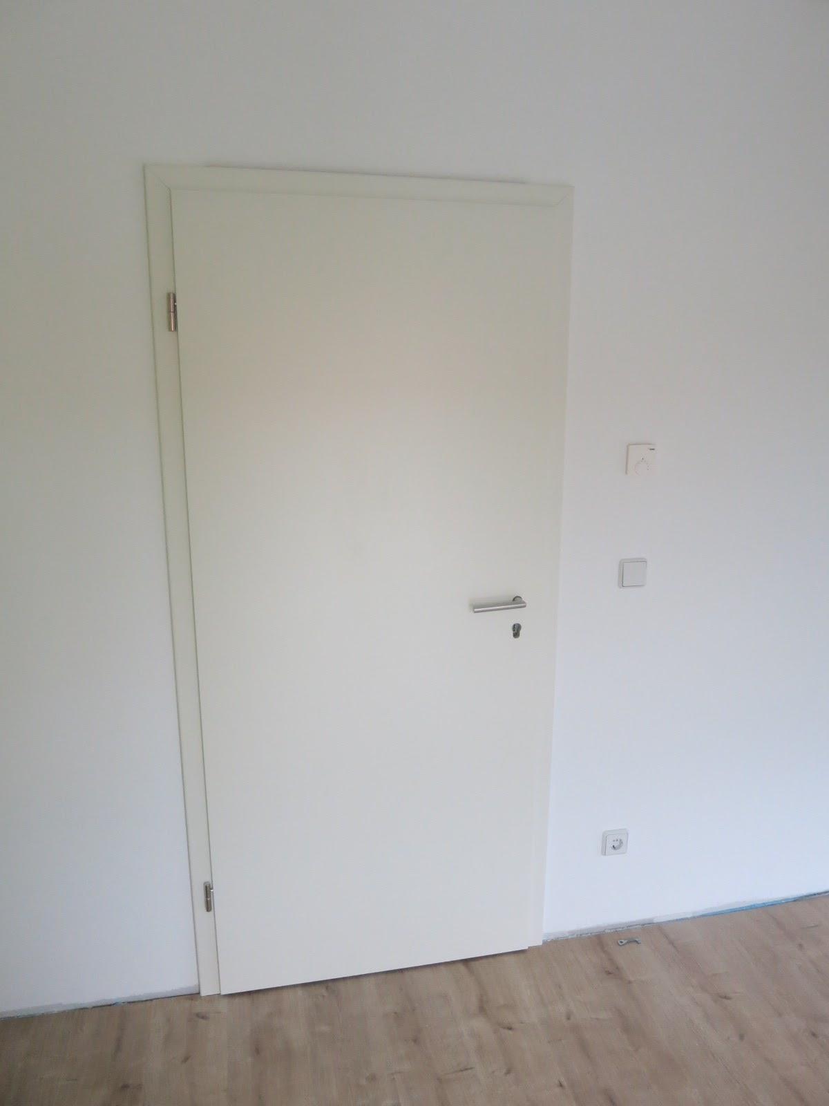 Preiswert bauen in teurer Gegend: Innentüren einbauen (Eigenleistung #2)