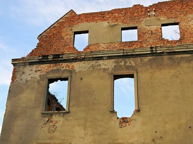 Grębocice, ruiny, zabytek