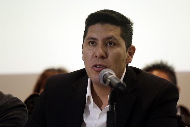 Ramos renuncia al PRI