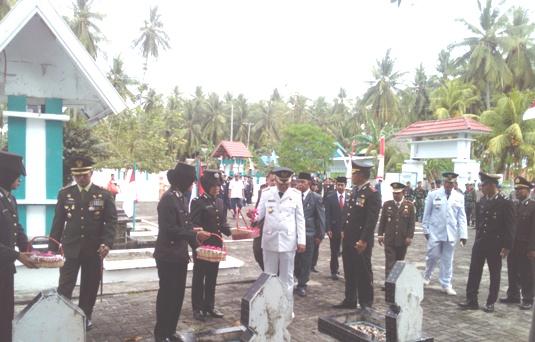 AKBP. Eddy Suryantha Tarigan S.IK Irup Upacara, Ziarah Nasional Di, TMP. Barugaia
