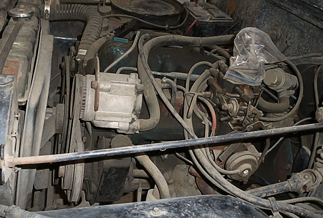 greasy-and-dirty-car-engine