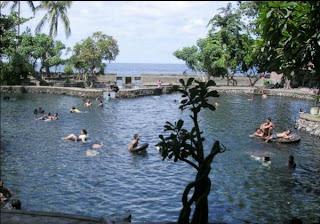 Air Sanih atau Yeh Sanih di Bali
