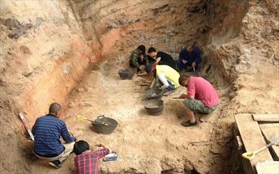 Κίνα: Στο φως αρχαία επιγραφή, σκαλισμένη σε βράχο