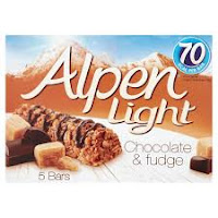 alpen Light chocolate and fudge bar