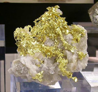 Mineral Emas