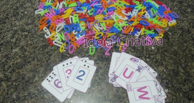 Jogo pedagógico Caça-letras