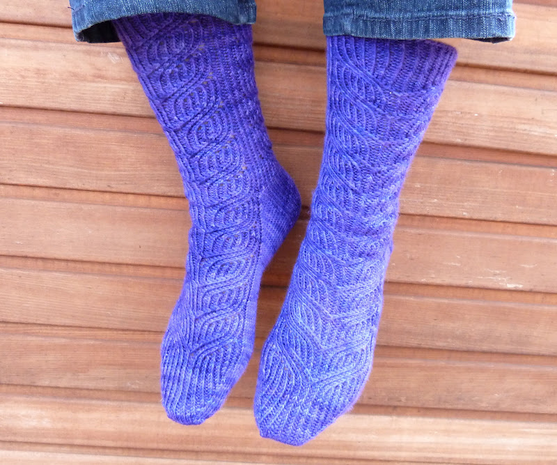 Affiknitty Fo Socks For Stitches