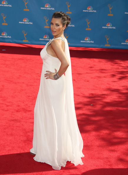 Vestido festa longo e branco, Kim Kardashian estilo grego