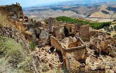 yang ditinggalkan kini menjadi tempat wisata yang menakjubkan 10 KOTA HANTU PALING MENAKJUBKAN DI DUNIA