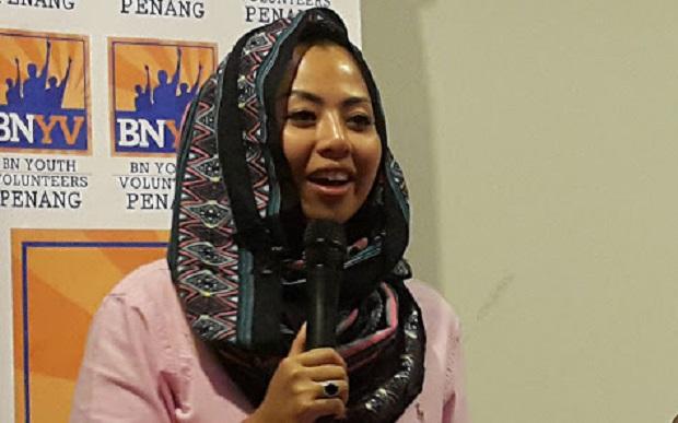 Isu 1.5 Juta Bangla: Anak TPM tunggu Amran Fans di Mahsyar