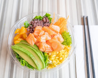 Fresh poke bowl