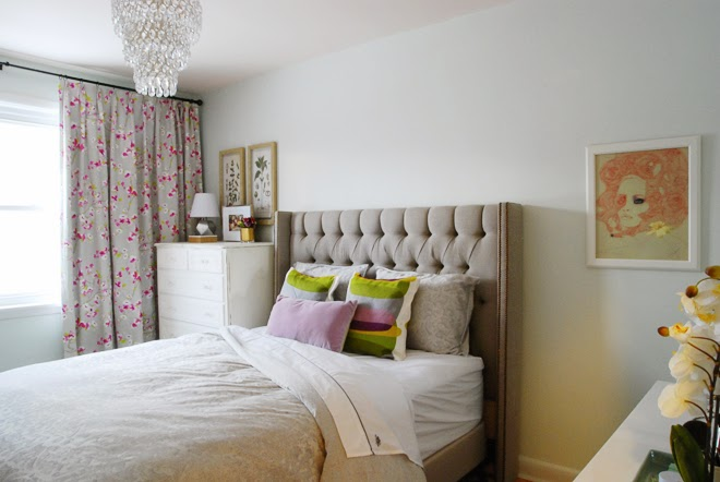 Ideas for Bedrooms Bed with Gray Tufted Headboard Chandelier Floral Curtains Flowers