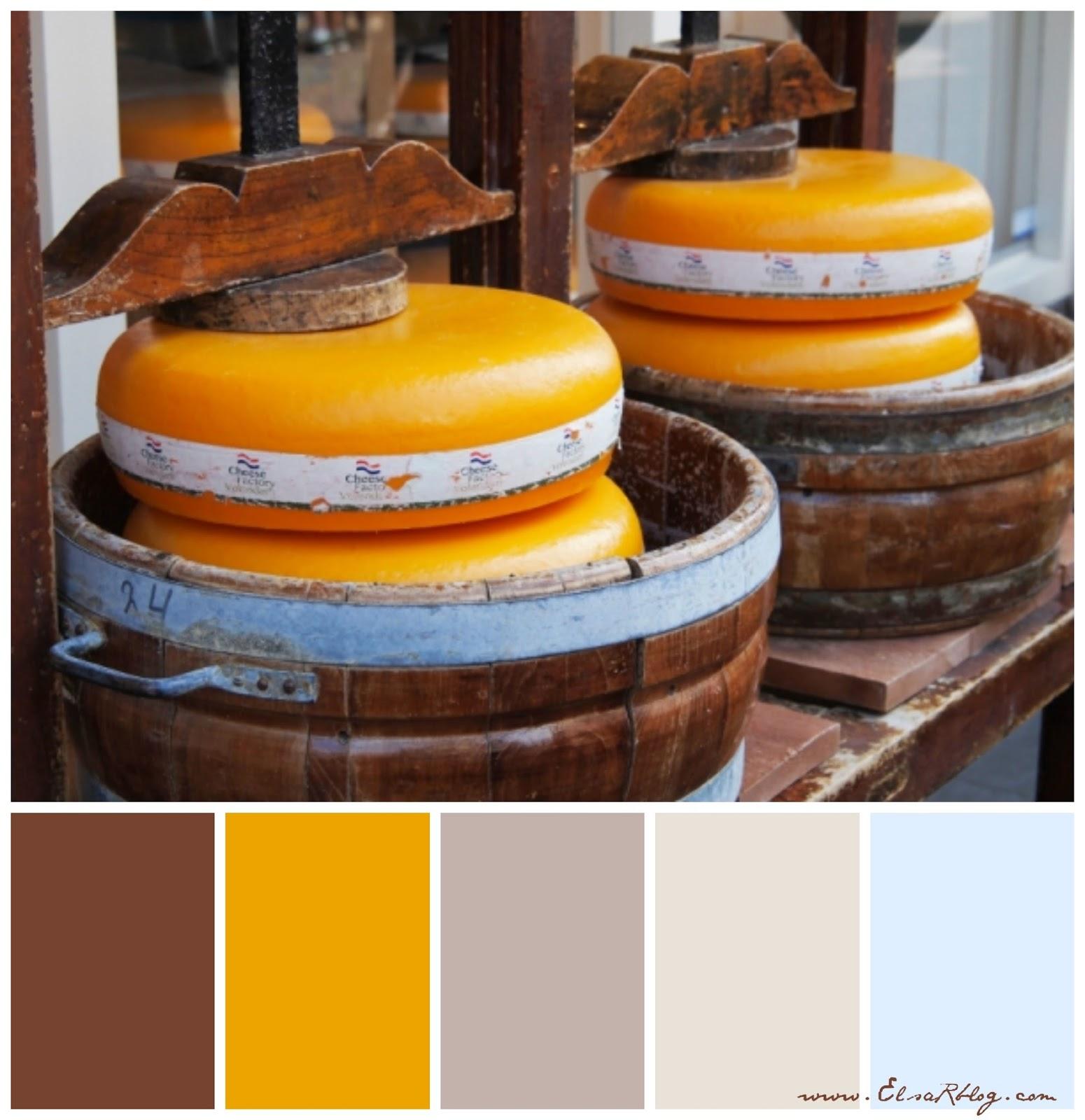 kleurenpalet met mosterdgeel, bruin en zacht blauw