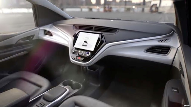 general-motors-self-driving-cruise-car-no-pedal-no-steering-wheel