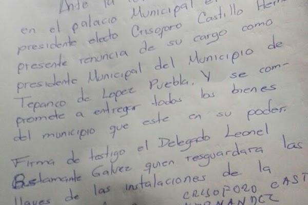 Hartos de la inseguridad, pobladores obligan a alcalde a renunciar en Puebla