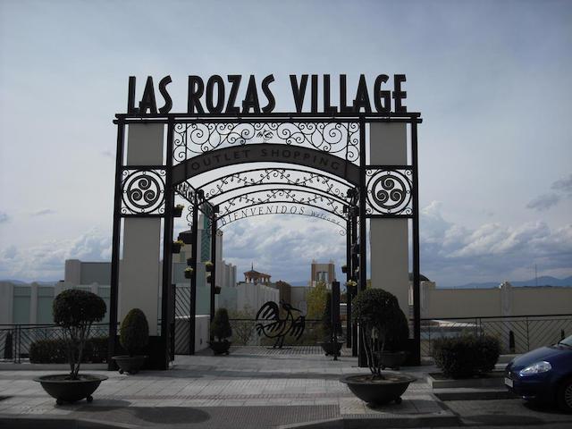 Entrada Las Rozas Village