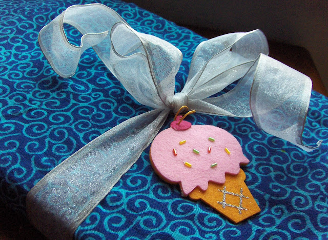 fabric gift wrapping