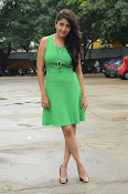 Poonam Kaur latest sizzling photos-thumbnail-19