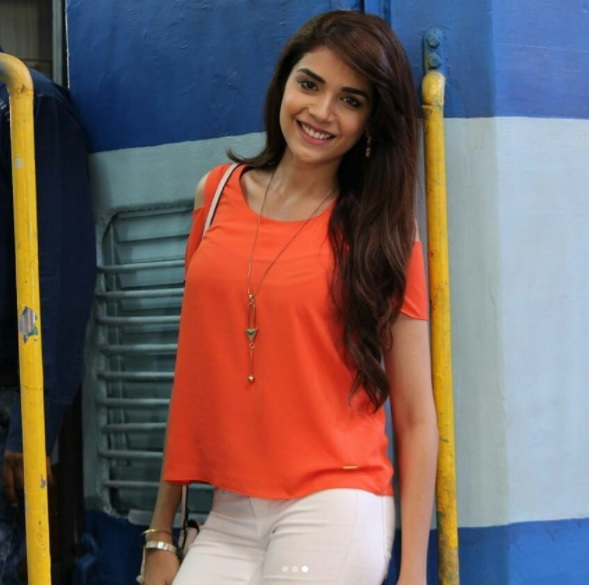 Anjum Fakih Wiki Biography,Pics,Age, Wallpaper,Profile,Tv Serial,.Indian Hottie