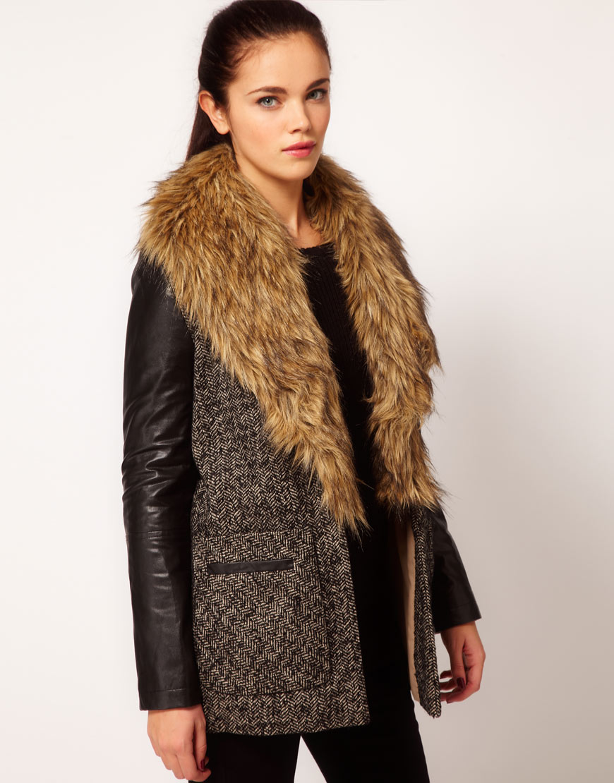 Shop our extensive line of women's faux fur coats and jackets made available in everything from hooded and full-length coats to mink and leopard printed. Women's Faux Fur Coats & Jackets Sort by: Show #: Quick Look. Ultra Violet Couture Evening Jacket. In Stock! Black Faux Fox Fur Collar and Faux Wool Fashion Flair Knee-Length Coat.