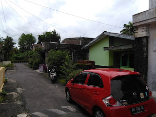 Rumah Dijual Murah Jalan Kaliurang km 13 Dalam Perumahan Dekat UII 4