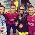 Katê assiste treino de Neymar e Daniel Alves em Barcelona
