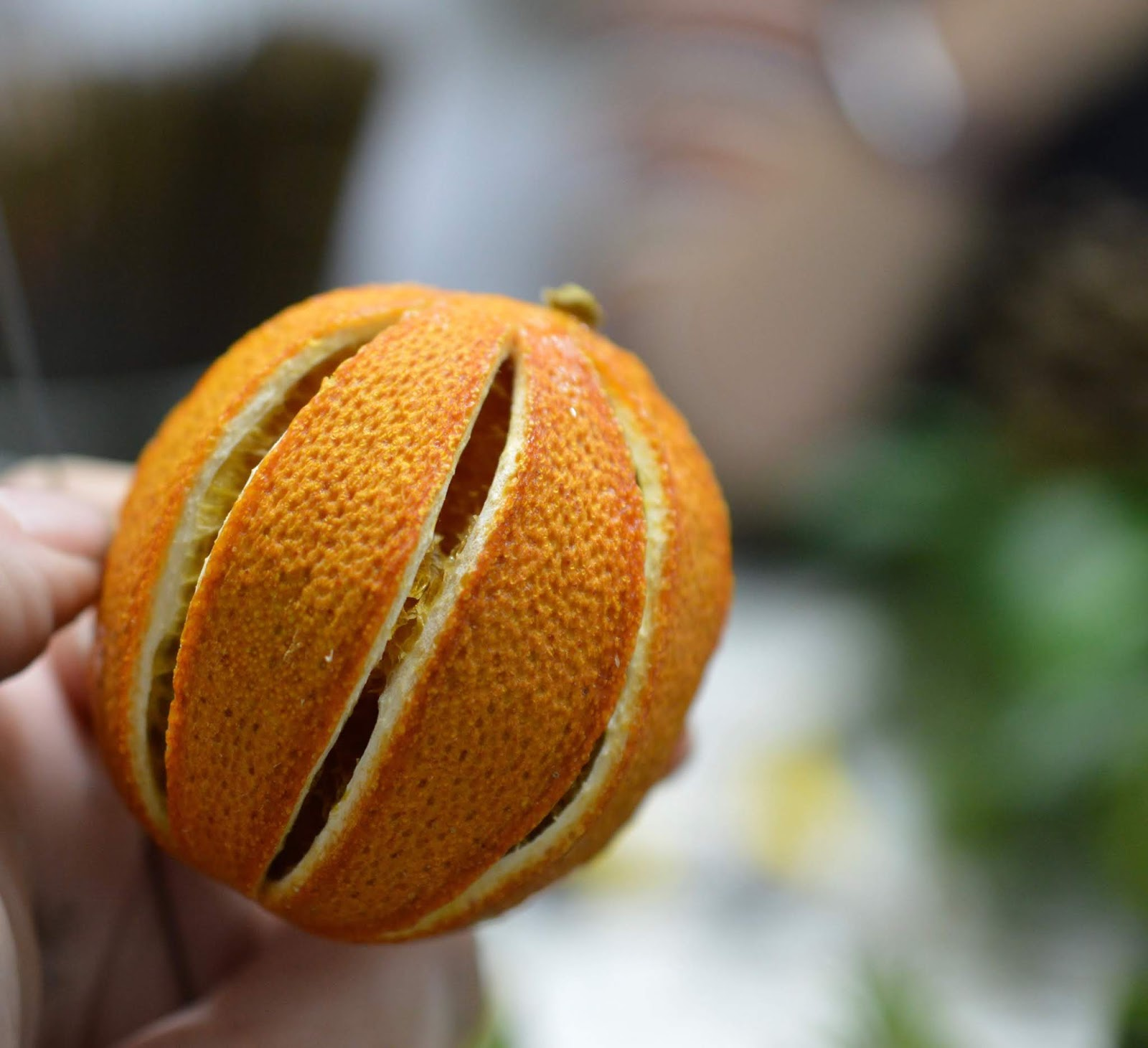 How hard is it to make your own wreath for Christmas?  - dried oranges