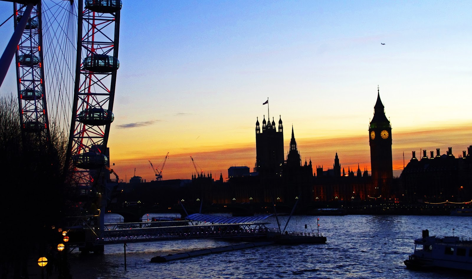 London sunset Big Ben London Eye Westminster