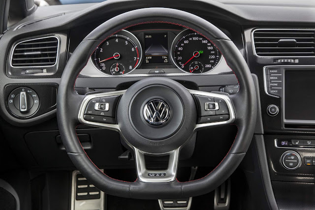VW Golf GTI 2017 - EUA