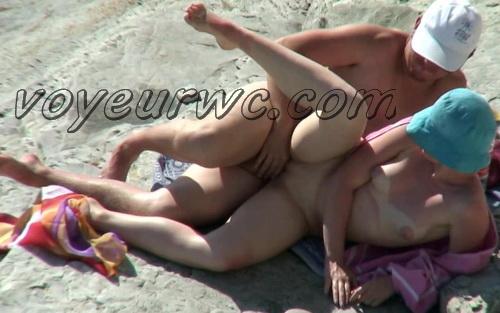 BeachHunters Sex 20586-20658 (Hot Nudist Couples spy cam at the beach)