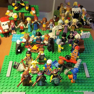 LEGO 12 days of Christmas Partridge Tree minifigures