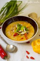 (malezyjska zupa z kurczakiem