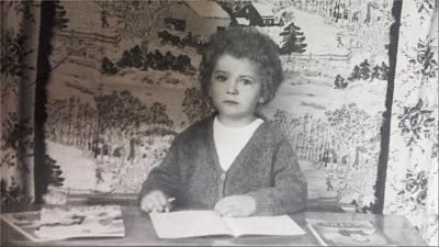 8 de marzo-mujer-literatura-escolaridad-Marian Ruiz