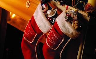 вышивка, носки, Рождество, рукоделие, упаковка, шитье, носки рождественские, носки для подарков, рукоделие рождественское, рукоделие новогоднее, упаковка подарочнвя, для детей, для интерьера, интерьер рождественский, декор рождественский, подарки рождественские, украшения для интерьера, украшения для камина, своими руками, мастер-класс, из текстиля,  http://handmade.parafraz.space/