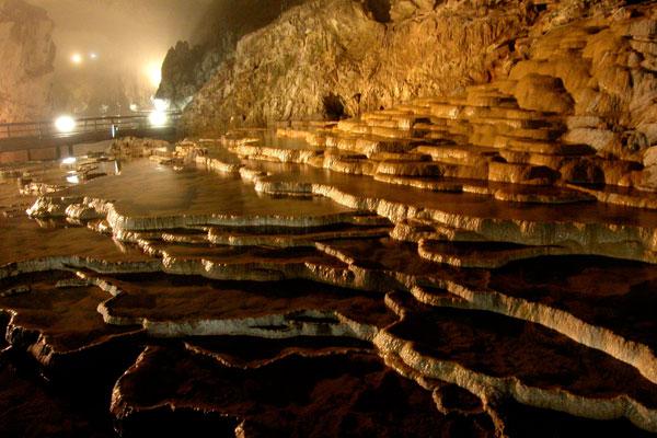 自然が作り出した、山口県一の絶景。秋芳洞とカルスト大地【Yamaguchi】
