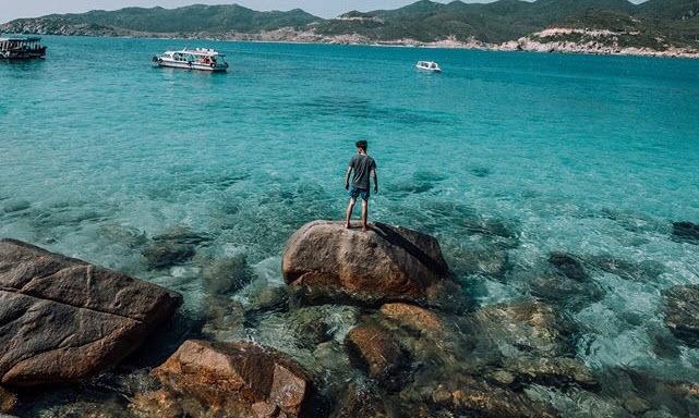 Trải nghiệm vẻ đẹp thanh bình trên đảo Bình Hưng tỉnh Khánh Hòa - Ảnh 1