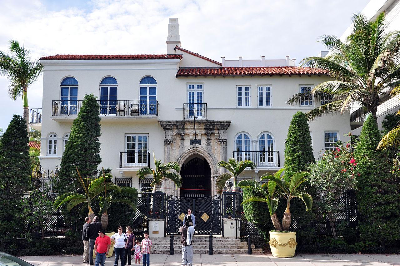 Colaboraciones y poemas de enrique cervantes ramirez la for La mansion casa hotel apurimac