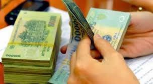 Trả lương chậm quá 15 ngày phải tính thêm lãi suất Ngân hàng